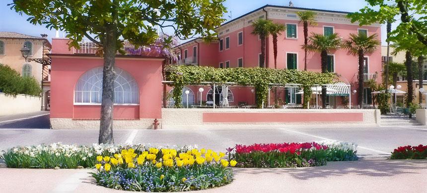 Hotel bardolino 3 sterne hotel bardolino gardasee for Schwimmpool angebote